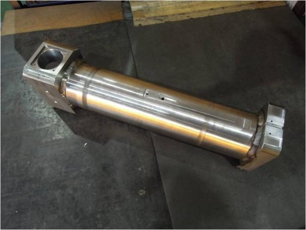 旋盤・フライス・溶接の複合加工品